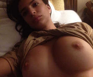 Emily Ratajkowski Nude Home Video